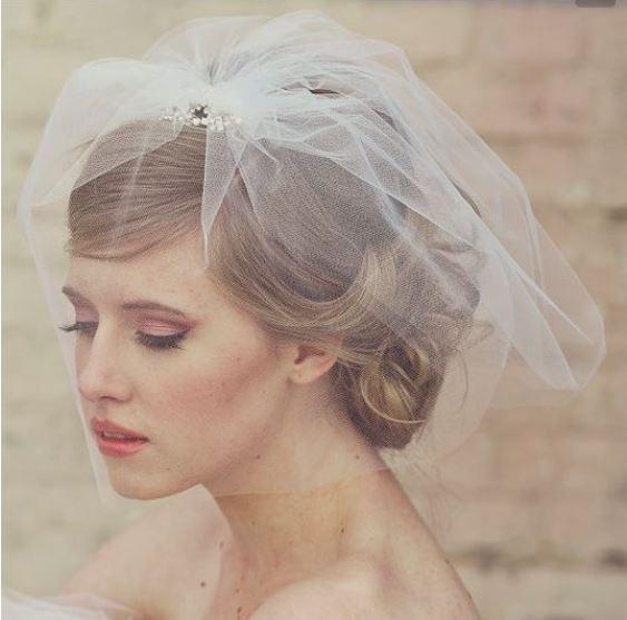 花嫁髪型ブライダルヘアスタイル