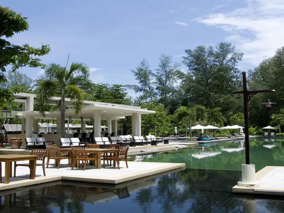 langkawi_hotel_pool