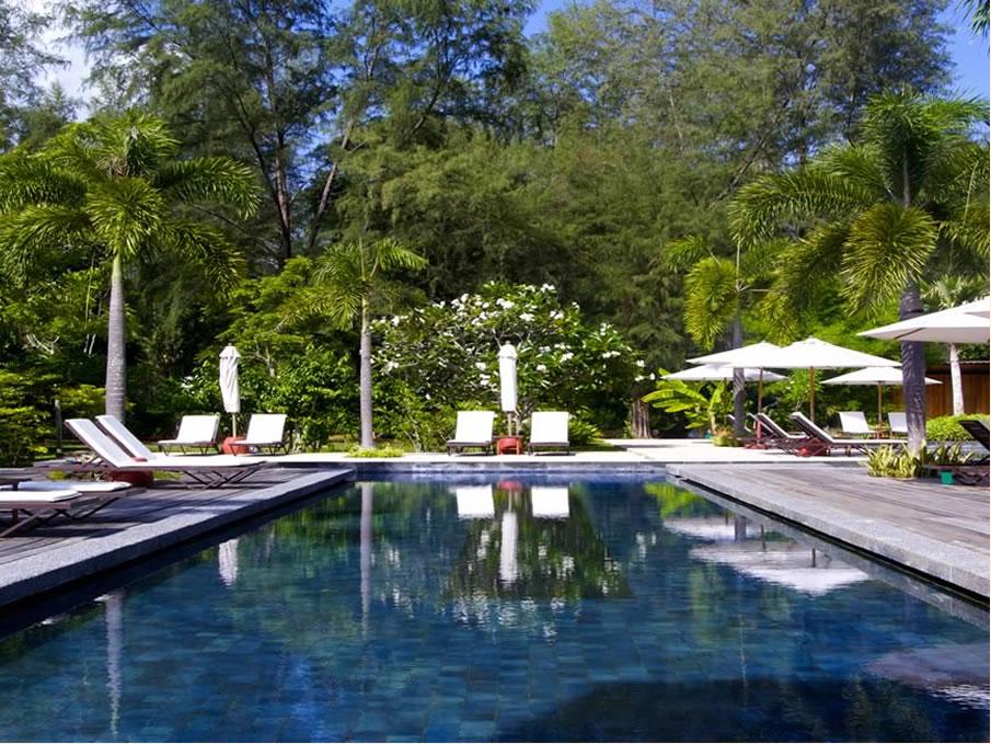 タンジュンルーリソート内のプール