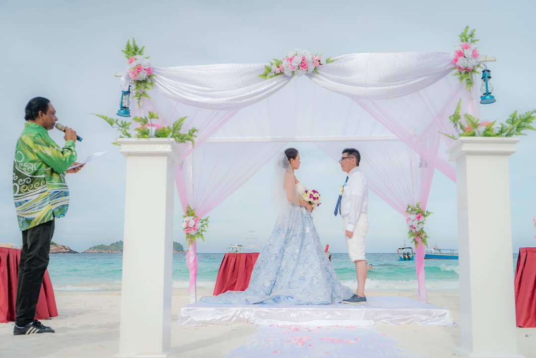 malaysia wedding beach wedding redang island